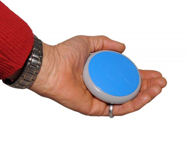 Geomack G-Oyster in hand