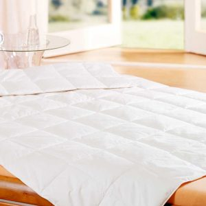 Goose feather and down duvet 4.5 tog