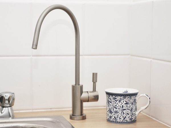 Brushed Nickel Long Cylinder Swan Neck Tap lifestyle