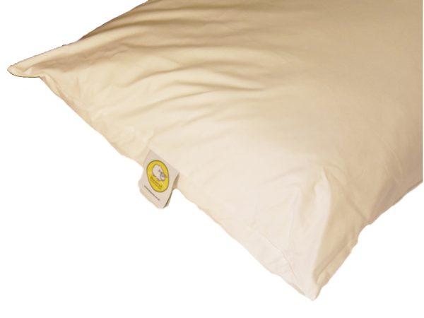 Baavet pillow side view
